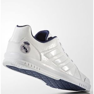 Adidas Lk Trainer 7 Real Madrid Sports Shoes